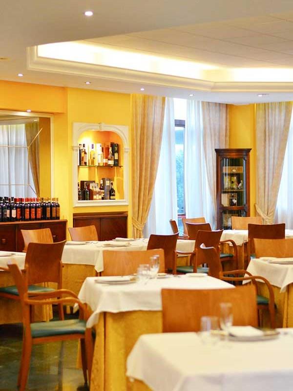 ristorante mediterraneo cesano maderno ristorante italiano in brianza sala